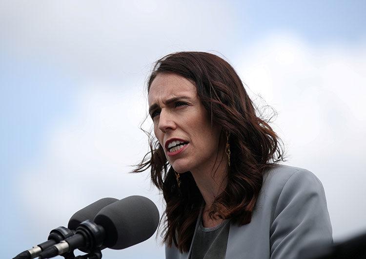 Nueva Zelanda aplaza las elecciones ante el rebrote de COVID-19