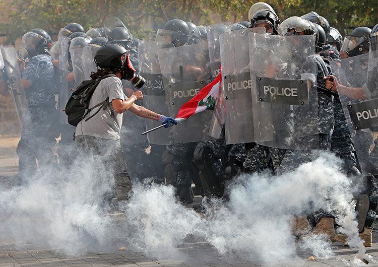 Manifestaciones y caos en el Líbano