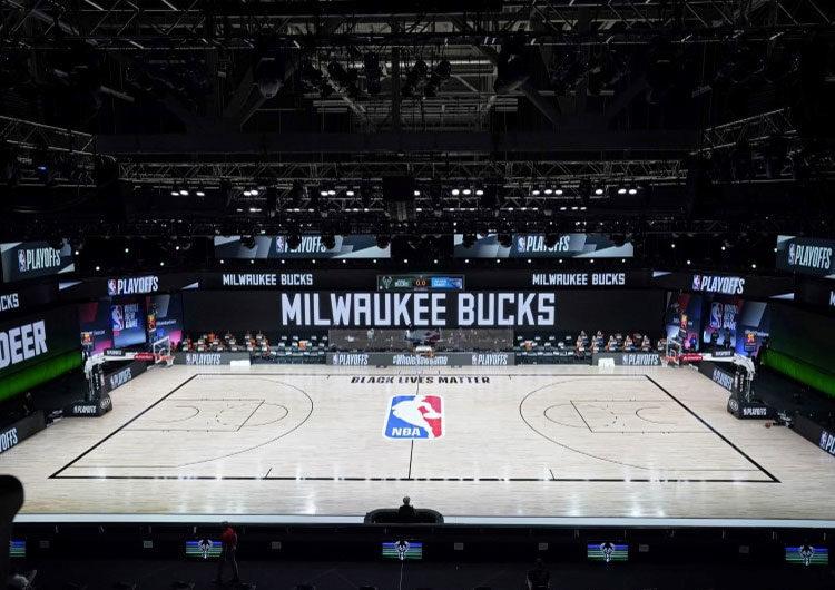 NBA: se reanudan los playoffs tras protesta liderada por jugadores