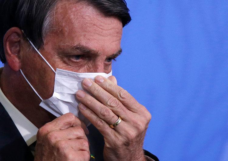 Bolsonaro le dijo a un periodista que lo quiere golpear en la cara