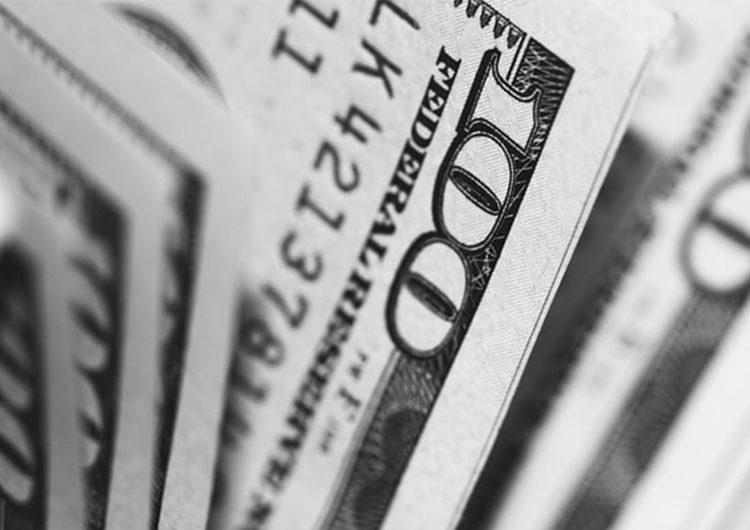 Nuevas restricciones en gastos en dólares con tarjeta y en el cupo del dólar ahorro