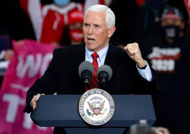Vicepresidente de EE.UU. Mike Pence sigue en campaña, tras el positivo de Covid-19 de su jefe de gabinete