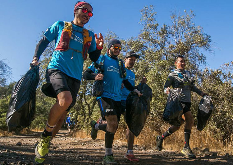 Plogging: el deporte que une ejercicio físico con conciencia ambiental