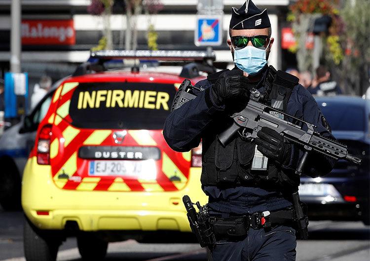 Francia: «La guerra contra el islamismo ideológico» traerá más ataques, según el ministro de Interior