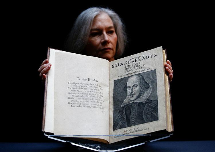 La primera colección de obras de Shakespeare se vende por casi 10 millones de dólares