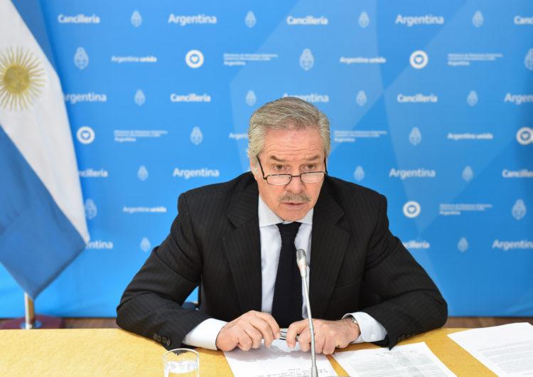 El canciller Felipe Solá se reunió con embajadores de la Unión Europea, por temas de cooperación conjunta