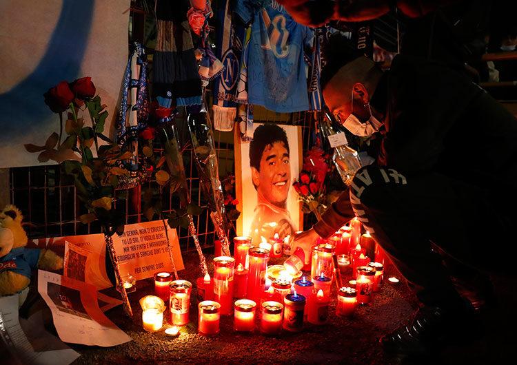 Homenaje a Maradona en el fútbol local y en el mundo