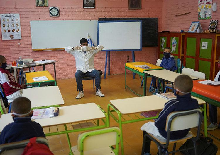 La Ciudad anunciará la vuelta gradual a las actividades presenciales en todos los niveles educativos