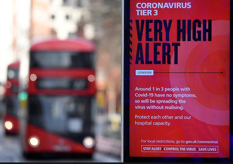 Alerta en Gran Bretaña por una nueva cepa de coronavirus más infecciosa