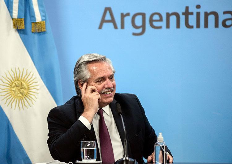 El Gobierno le ofreció ayuda a Uruguay y Bolivia para conseguir vacunas contra COVID-19