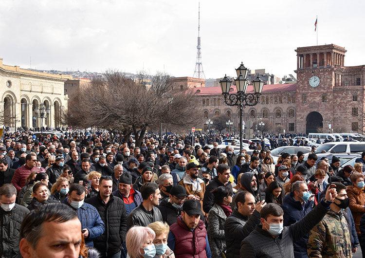 Armenia: el primer ministro denunció un intento de golpe de Estado