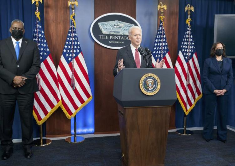 Biden derogó la emergencia nacional en la frontera con México y no obtendrá fondos para el muro