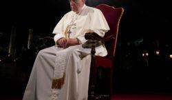 Francisco visita Irak, un país sumido en la violencia y…