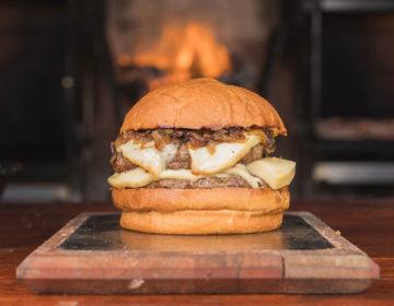 Regresa Burgermanía con su 4ta edición Anticheddar
