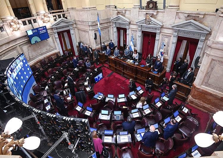 El Senado comienza mañana a analizar proyectos sobre Ganancias y Monotributo con presencia de Moroni