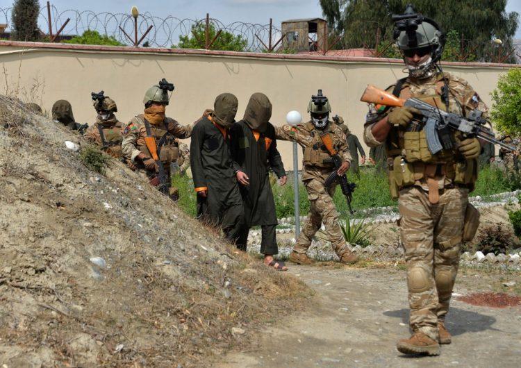 Talibanes advierten a EEUU que sus tropas deben abandonar Afganistán o atenerse a las consecuencias