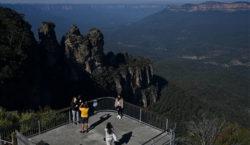 «Pasaje a la recuperación»: Australia subsidiará vuelos locales para respaldar…
