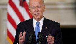 Biden dice que EEUU tendrá vacunas de COVID-19 para cada…