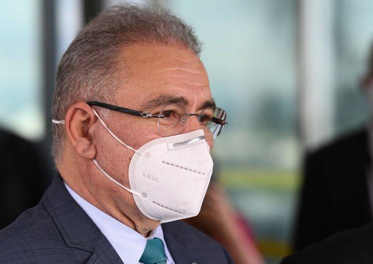 """Brasil: contrario de Bolsonaro, el nuevo ministro de Salud pide """"distanciamiento social"""""""