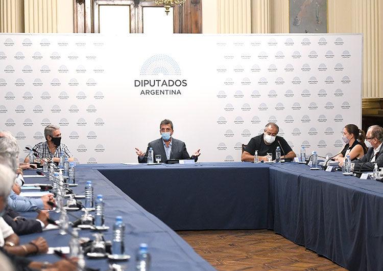 Ganancias: mayores beneficios a jubilados, pensionados, concubinos y patagónicos