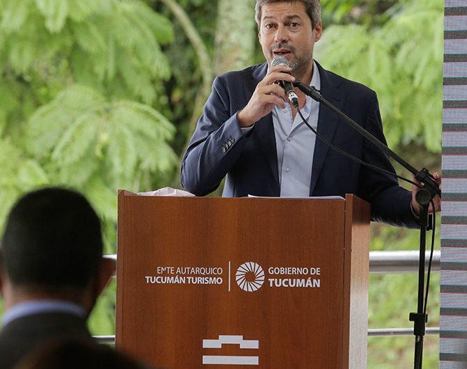 El Gobierno anunció que no habrá restricciones para viajes turísticos en Semana Santa