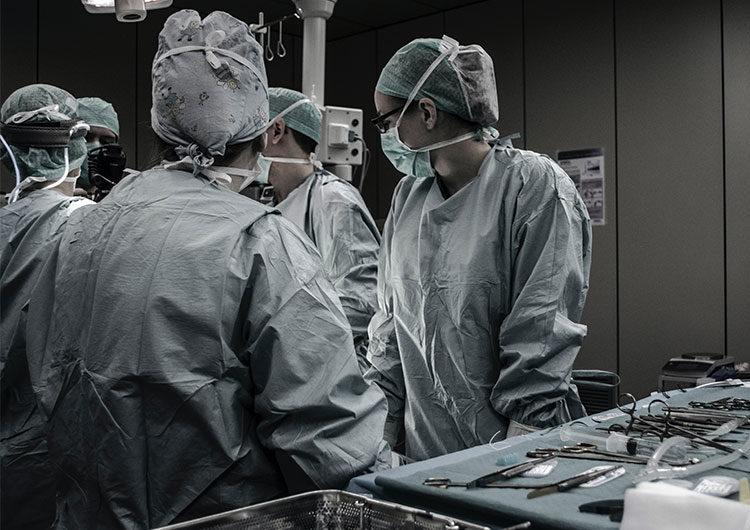 Paro de tres horas por turno en sanidad en reclamo de mejoras salariales