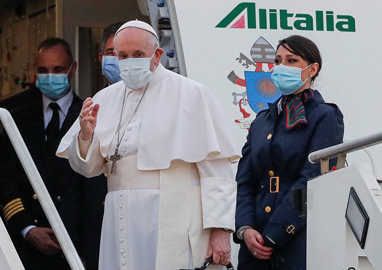 Francisco parte de Roma para una arriesgada e histórica gira por Irak