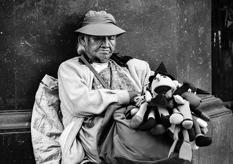 El índice de pobreza subió al 42 % al cierre del segundo semestre de 2020