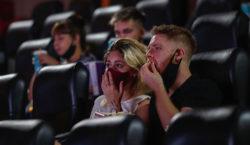 Cómo se vivió la reapertura de los cines de Buenos…