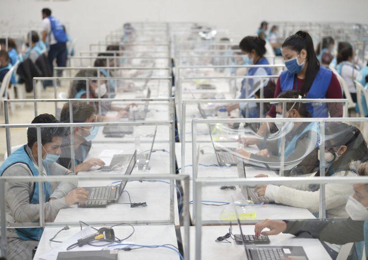 Ecuador definirá mañana al sucesor de Lenín Moreno en medio de una profunda crisis