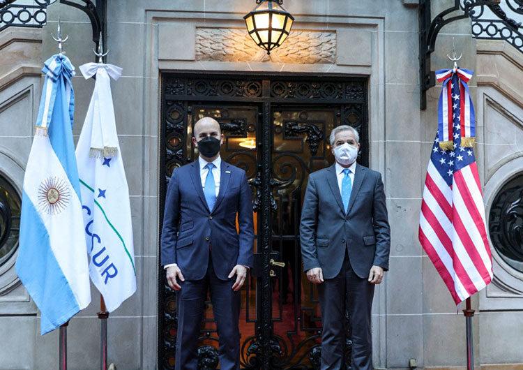 «El Fondo Monetario de 2002 no puede ser el Fondo Monetario de hoy», dice enviado de Biden