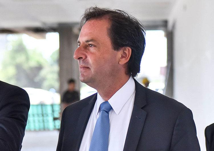 Sujarchuk dijo que sistema de salud de Escobar «está al borde del colapso»