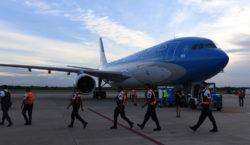 Parte un nuevo vuelo de Aerolíneas Argentinas hacia Moscú en…