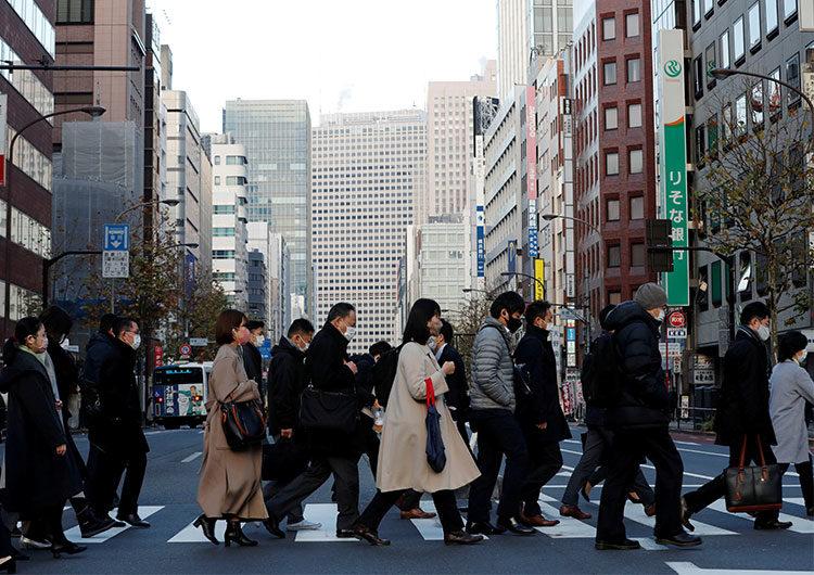 Golpeado por la cuarta ola, Japón supera los 10.000 fallecidos por coronavirus