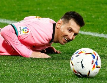 En España afirman que Messi le comunicó al Barcelona que seguirá en el club