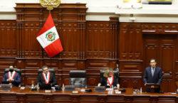 Abren las mesas en Perú para elecciones generales marcadas por…