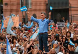 El Gobierno instruyó al Procurador para ser querellante en causa contra Macri por deuda con FMI