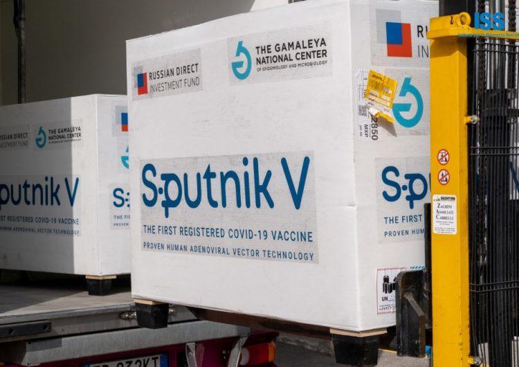 Procuran acelerar el cronograma de entrega de las Sputnik V y mañana llegan 500 mil dosis más