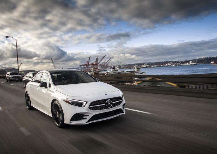 Mercedes-Benz: Un Clase C pequeño, de gran performance