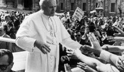 A 40 años del atentado a Juan Pablo II, uno…