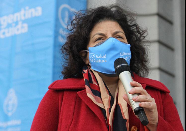 """Vizzotti señaló que la Argentina """"está en los últimos tramos de las  negociaciones con Pfizer"""" - NEWSWEEK ARGENTINA"""
