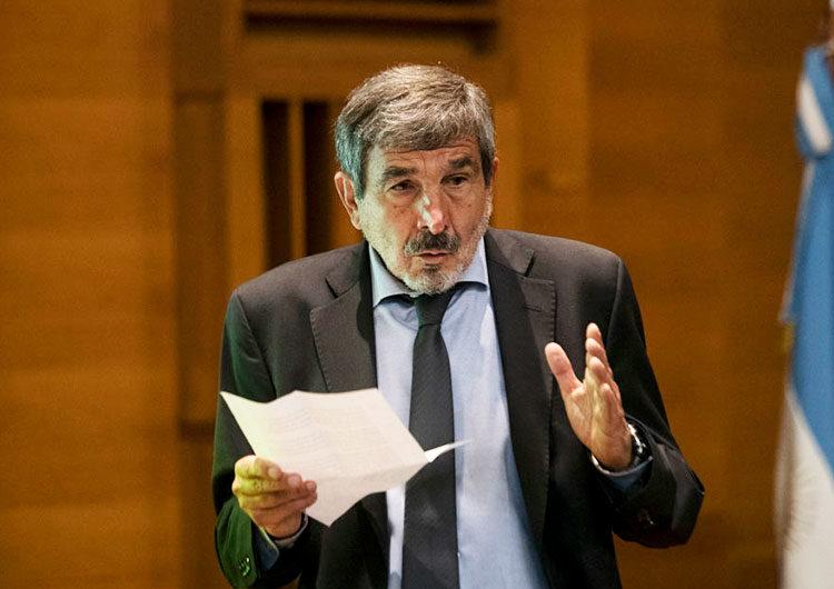 Roberto Salvarezza ratificó que «se van a cumplir» los esquemas de vacunación con las dos dosis